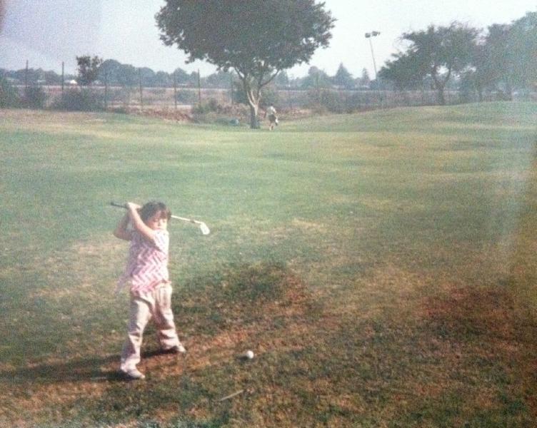 1986-mo-playing-golf-at-age-4